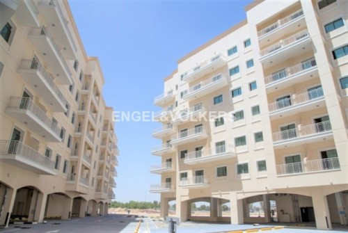 Spacious affordable 2 bed in Queue Point
