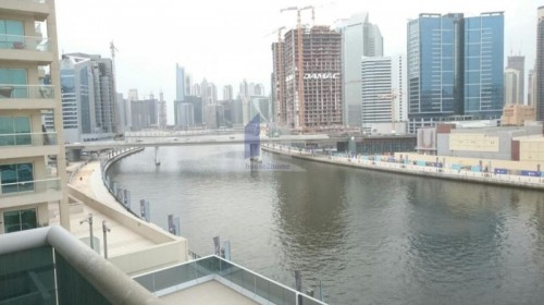 Amazing 2 BHK with lake, Burj and Canal view
