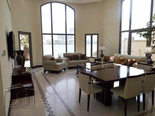 Immaculate Fully Furnished : Pool : Multiple Cheques