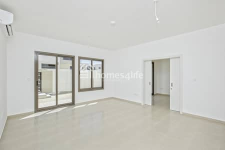 4 Bedroom Townhouse for Rent in Town Square, Dubai - Spacious 4BR TH for Rent |  Call Now to View
