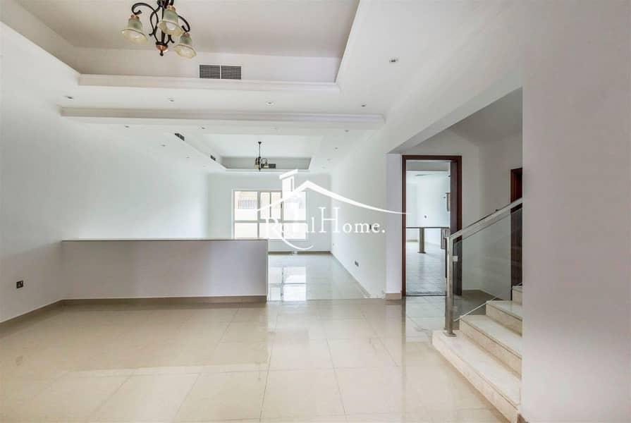 2 Amazing 4 bedroom villa excellent location
