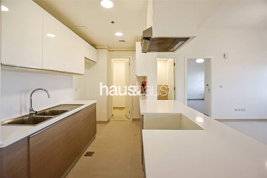2 High Floor   1 Bed   Tower C   Golf View