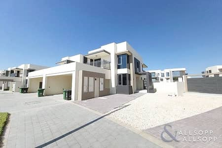 5 Bedroom Villa for Rent in Dubai Hills Estate, Dubai - 5 Bedrooms | Available Now | Maids Room