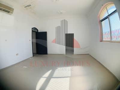 6 Bedroom Villa for Rent in Al Hili, Al Ain - Admirable Ground Floor with Huge Yard and Balcony