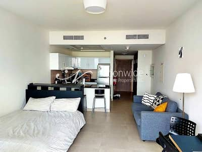 Studio for Rent in Saadiyat Island, Abu Dhabi - A Convenient and Cozy Fully-furnished Apartment