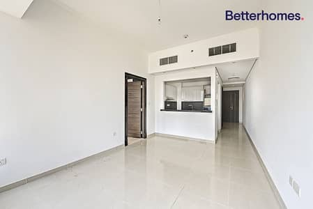 1 Bedroom Apartment for Sale in Dubai Marina, Dubai - Mid Floor| Unfurnished| Pool View| No Balcony
