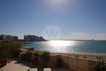 4 Bedroom Villa for Sale in Al Raha Beach, Abu Dhabi - Stunning villa - private pool & panoramic sea view