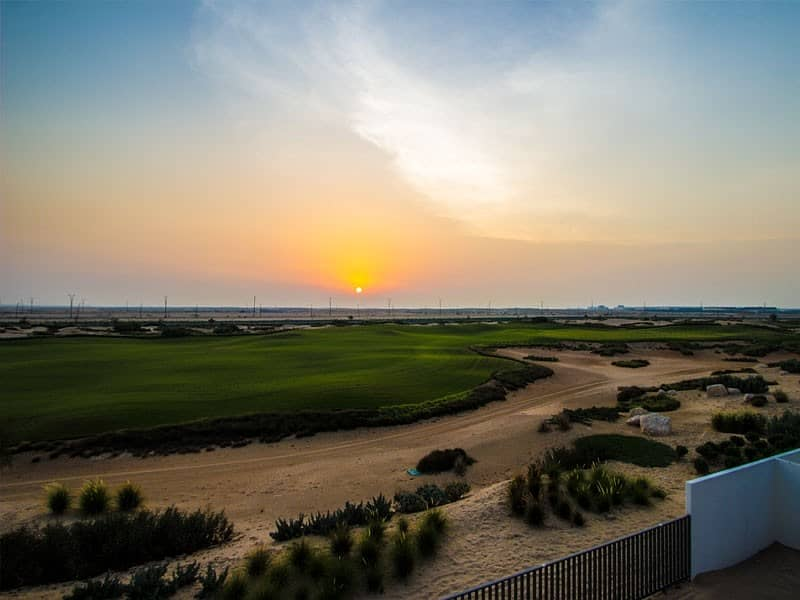 Pay 25% move in | Golf course| Independent villa