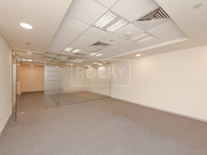 Chiller Free | Spacious Office | Multiple Options | Dewa Free