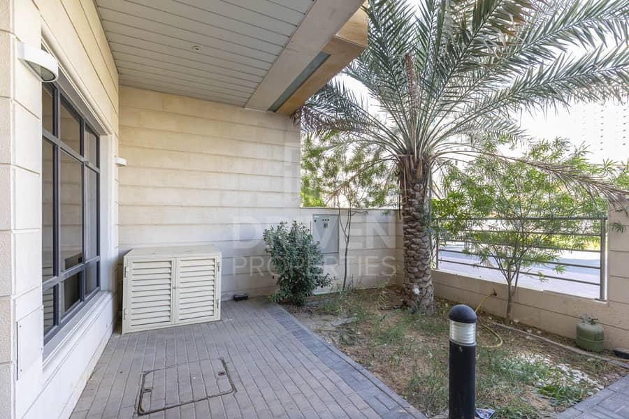 29 Huge 4bed plus Maid's | Ready to move in