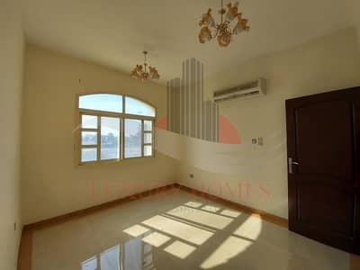 2 Bedroom Apartment for Rent in Al Jaheli, Al Ain - Exclusive Neat and Bright with Basement Parking