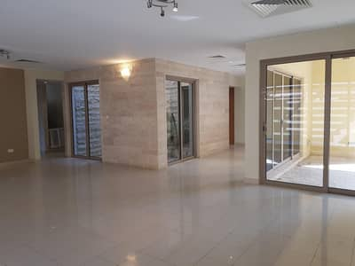 4 Bedroom Villa for Sale in Al Raha Gardens, Abu Dhabi - Beautiful Biggest 4 Beds with Private pool