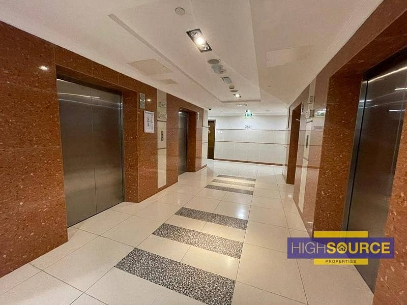 16 Fully fitted large office | amazing view | Near Metro Station |