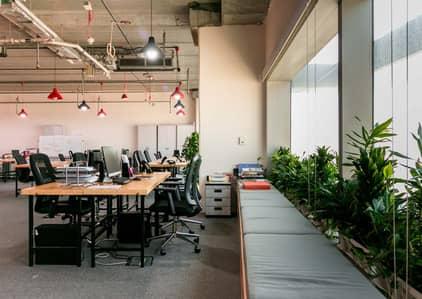 مکتب  للايجار في شارع الشيخ زايد، دبي - Coworking Space at Sheikh Zayed Road