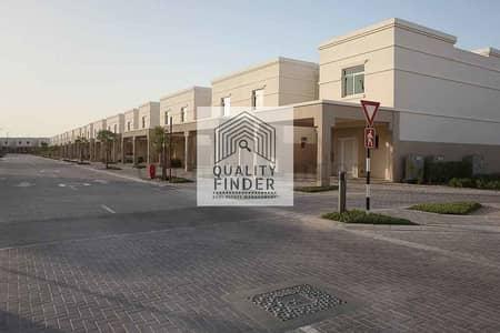 فیلا 3 غرف نوم للايجار في الغدیر، أبوظبي - Huge villa with beautiful gardenI 3+1 at just 90k