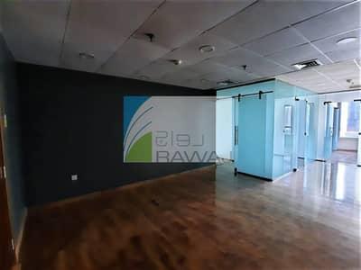 مکتب  للبيع في الخليج التجاري، دبي - FITTED and GLASS PARTITIONED OFFICE IN ONTARIO TOWER