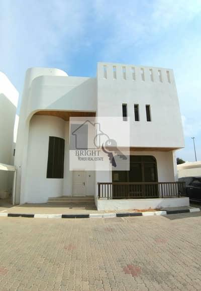 3 Bedroom Villa for Rent in Al Nyadat, Al Ain - Specious 3Bhk Duplex Compound Villa For Rent Kawaitat 75K