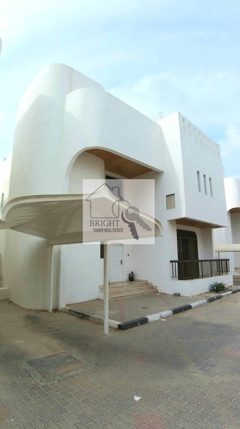 2 Specious 3Bhk Duplex Compound Villa For Rent Kawaitat 75K