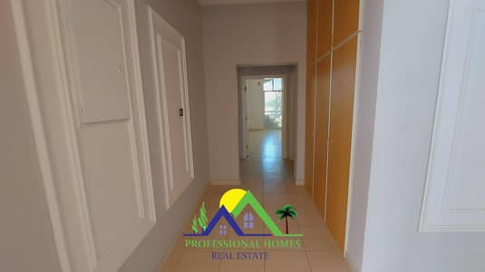 4 Bedroom Villa for Rent in Asharej, Al Ain - SPACIOUS DUPLEX VILLA With Balcony