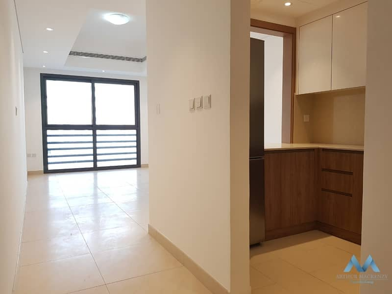 2 12CHQA|1 MONTHS FREE|BRAND NEW BUILDING|BE THE FIRST TENANT|SEMI FURNISHED