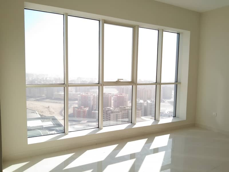 Spectacular 2-BHK with 1 free parking very prime location on Dubai border