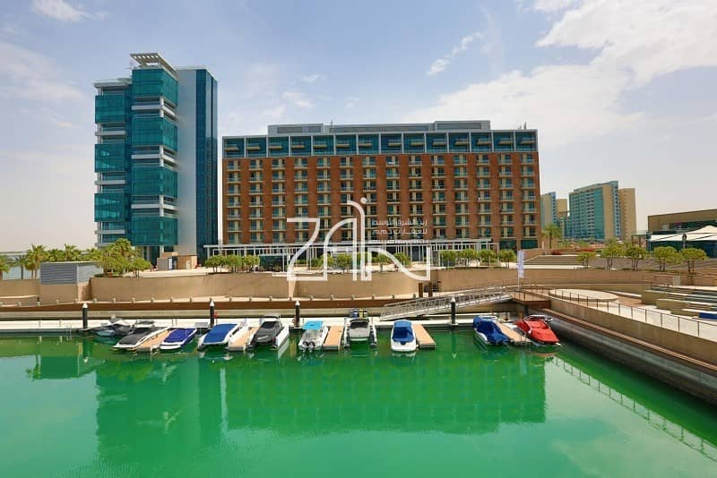 2 Marina View Premium 3+M Apt in Vibrant Community