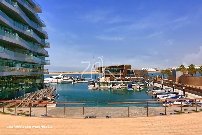 17 Marina View Premium 3+M Apt in Vibrant Community