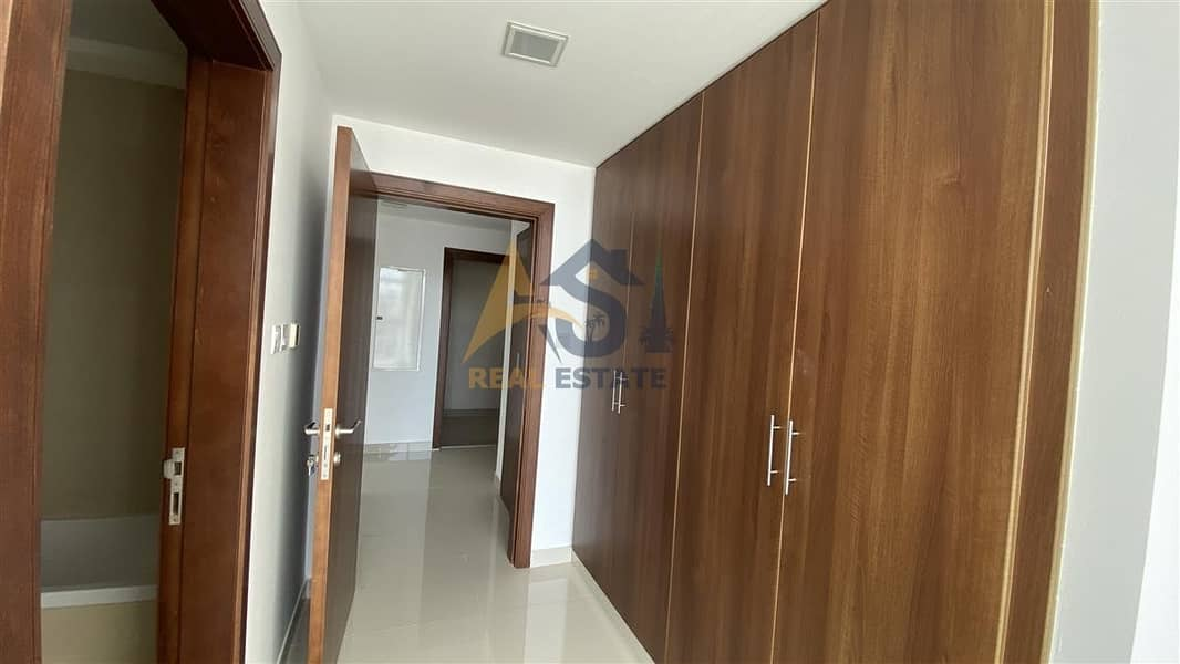 7 Elegant brand new 2BR with sea view.