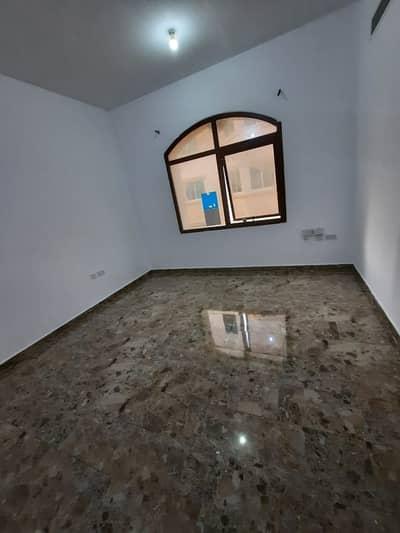 استوديو  للايجار في بني ياس، أبوظبي - استوديو رائع في بني ياس شرق