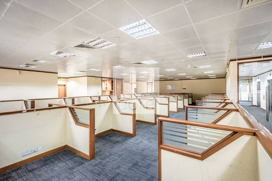 2 High Floor   Fully Fitted Office   DED