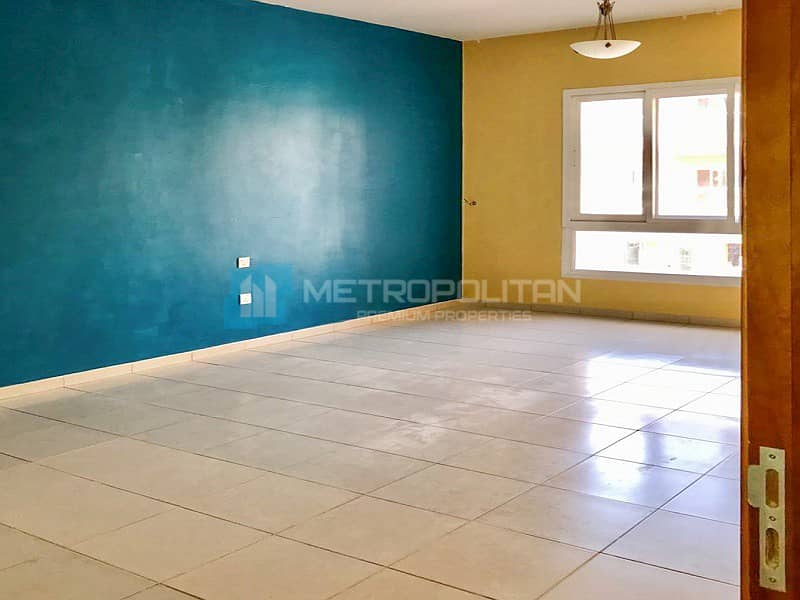 2 Large 1BR apartment for Yearly rent at Tuscan JVC
