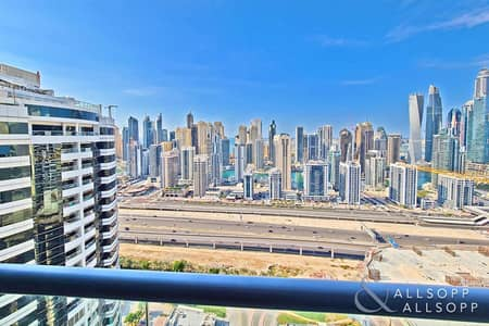 2 Bedroom Apartment for Rent in Jumeirah Lake Towers (JLT), Dubai - 2 Bedrooms | Marina View | Vacant February