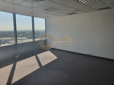 Office for Rent in Jumeirah Lake Towers (JLT), Dubai - Spacious Office | Good Natural Light | Mid Floor
