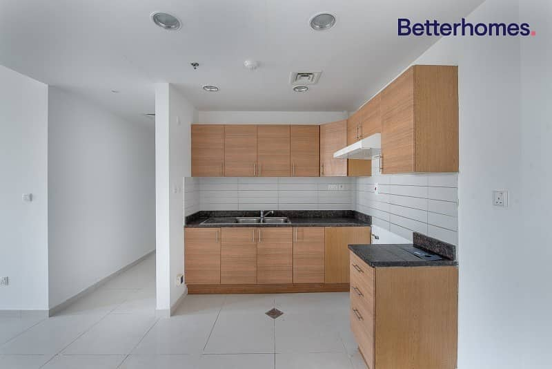 2 Make an offer | Open Kitchen | Vacant |Unfurnished