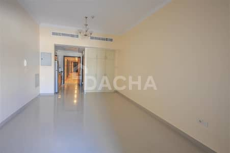 Studio for Rent in Jumeirah Village Circle (JVC), Dubai - Pay monthly / Equipped Kitchen / Family atmosphere