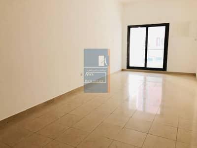 استوديو  للايجار في ديرة، دبي - Family Building Big and clean
