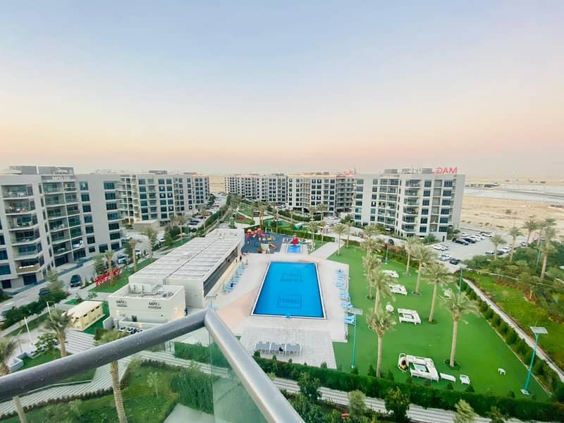 BEST VIEW EVER!!PRIME APARTMENT FULL POOL VIEW JUST 26000