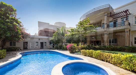10 Bedroom Villa for Rent in Emirates Hills, Dubai - EMIRATES HILLS | PARTIAL GOLF COURSE VIEW | NEWLY UPGRADED | 10 BEDROOMS