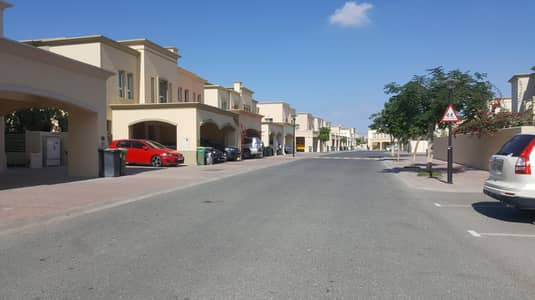 3 Bedroom Villa for Rent in The Springs, Dubai - HOT DEAL  2 M- 3 BHK+STUDY+LUNDRY + MAID  TYPE VILLA  ONLY 145K