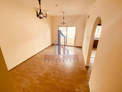 1 Bedroom Apartment for Rent in Muwaileh, Sharjah - No Cash Deposit ! Lavish 1bhk Only 30K By Parking + 7 Cheques + Wardrobes + Balcony ! New Muwelieh !