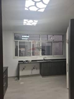 5 bed villa for rent in nad al hamar