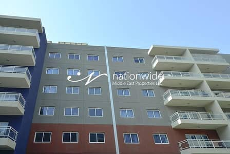 Studio for Sale in Al Reef, Abu Dhabi - Invest And Enjoy Living In This Cozy Apartment