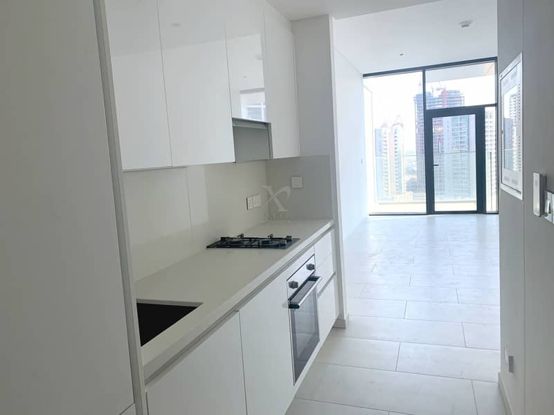 2 One Month Free Rent   High End Finishes   Canal View