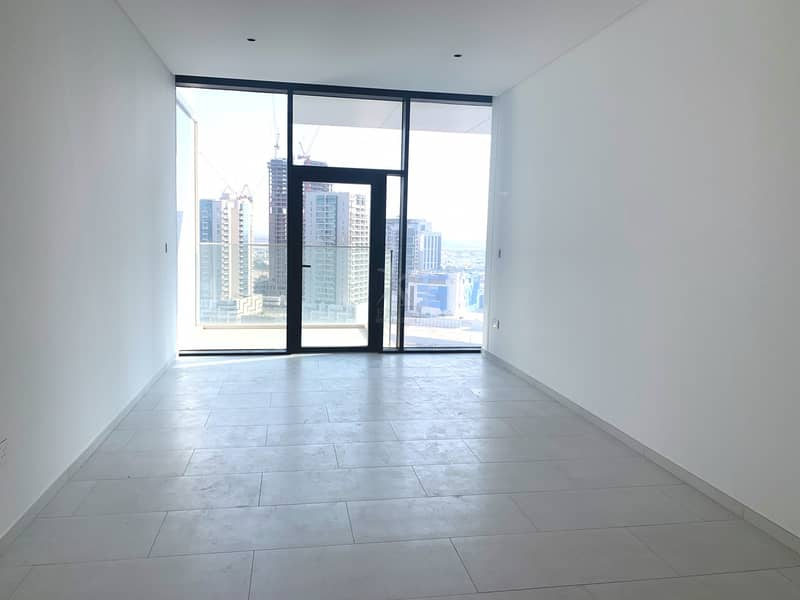 One Month Free Rent   High End Finishes   Canal View