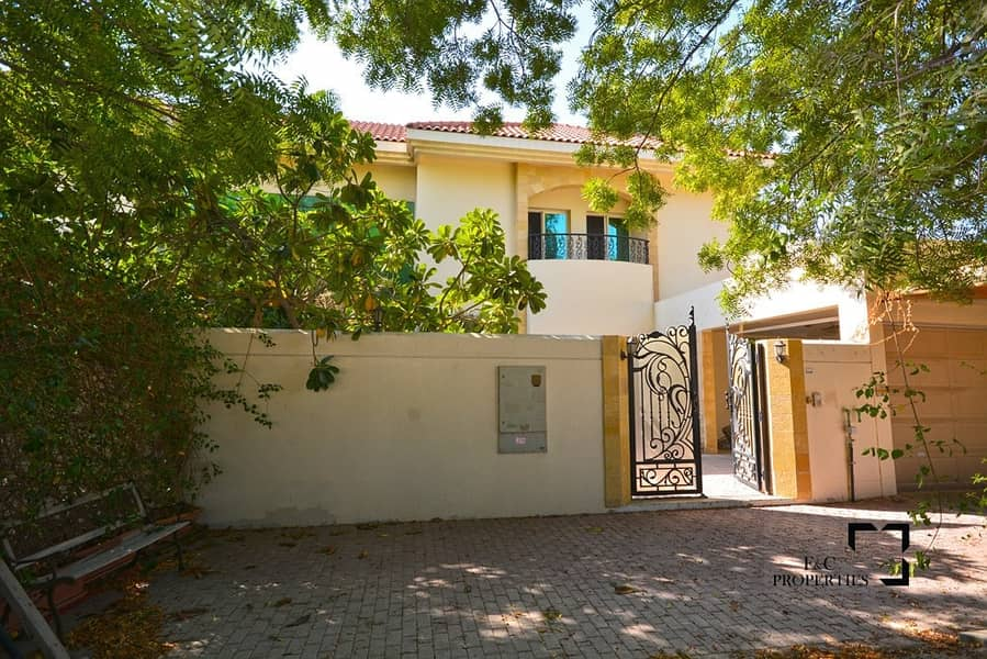 29 Spacious 5br | Garden villa | High Quality |