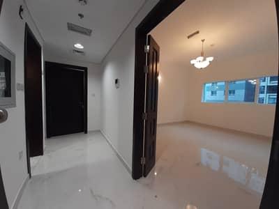فلیٹ 1 غرفة نوم للايجار في منطقة النادي السياحي، أبوظبي - شقة في شارع المينا منطقة النادي السياحي 1 غرف 47000 درهم - 4950923