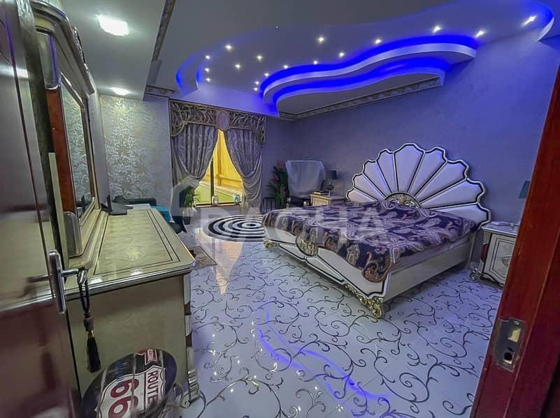 30 Luxury // Upgraded // Spacious // Renovated