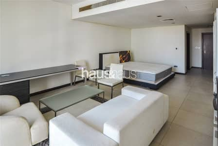 Multiple Cheques | Great Price | Next to Metro