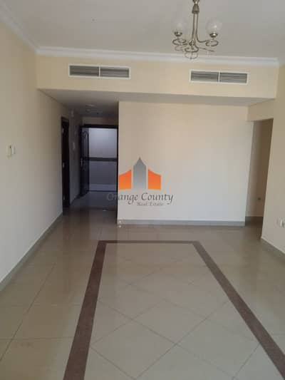 2 Bedroom Apartment for Rent in Al Taawun, Sharjah - Big-size 2 BR| 3 or 4 cheques | Balcony overlooking road.