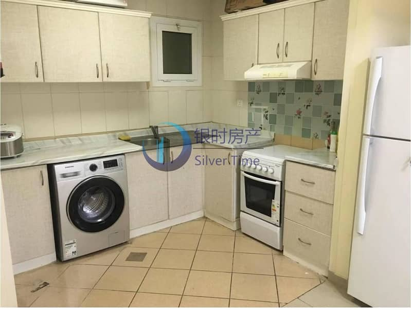 11 Stunning unit / Well maintained / Neat & Spacious